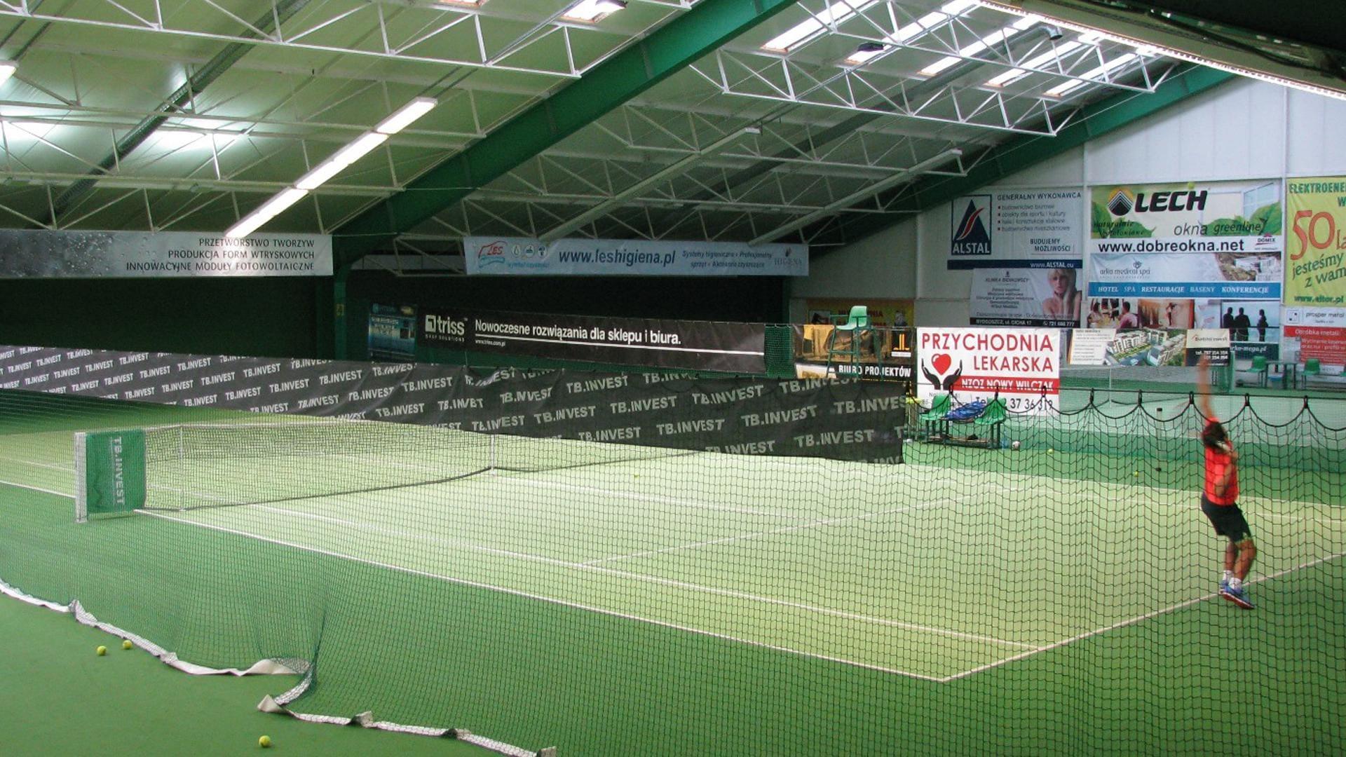 Klub Centrum osoba gra w tenis